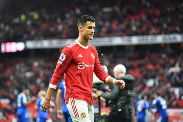 Carragher reveals Ronaldo pushed Manchester United back